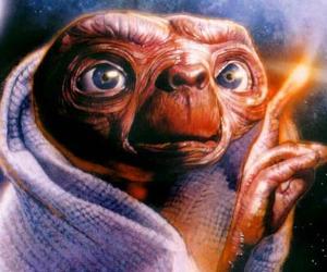 """""""In Principio"""" Dio creò anche gli alieni?"""