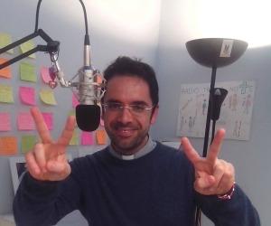 A 'Radio Fra Le Note' un sacerdote ex dj alla consolle