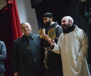 L'imam e il francescano si scambiano le vesti La paura può attendere