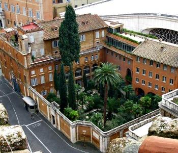 Clochard sepolto in Vaticano. Ciani: la sua medicina era la Comunione