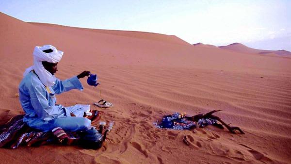Croci incise nel cuore del deserto saudita