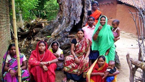 """Tribali Mundari, per la Quaresima in pellegrinaggio dalla """"Madonna nera"""" dell'India"""