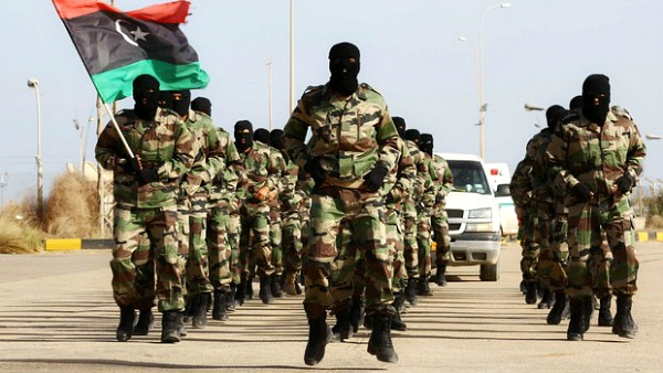Egitto, blitz via terra in Libia. Oggi riunione Onu.