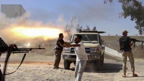 Libia. Mons. Magro: chiusi in casa, preghiamo per la pace