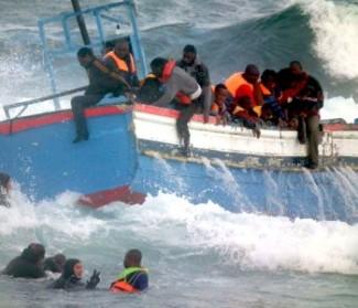 Finché l'Europa fa finta di non capire che l'Italia è veramente la porta dell'Europa e guarda da un'altra parte, le cose andranno avanti così, con queste tragedie in mare