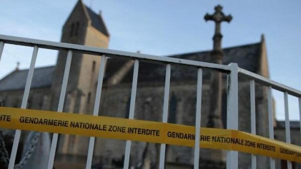 Nel Nord della Francia profanate tombe cristiane