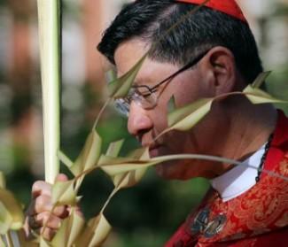 Filippine: Via Crucis per la pace e calamità naturali