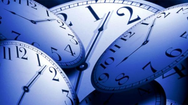 Lancette avanti di un'ora: torna l'ora legale