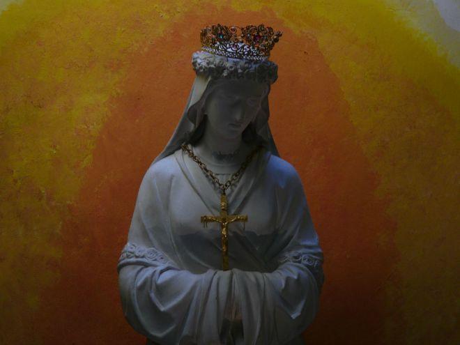 The mysterious appearances of La Salette