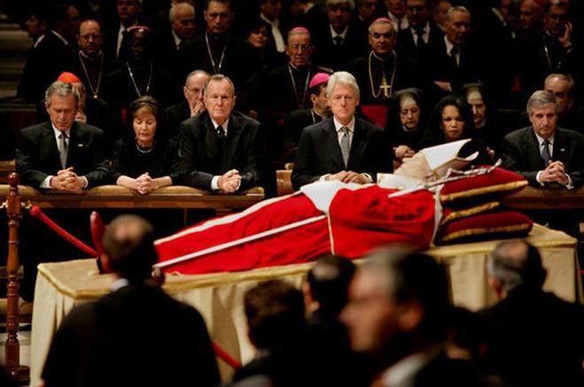 10 anni fa i funerali di Papa Giovanni Paolo II