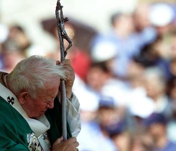 Card. Sandri: Papa Wojtyla, un inno alla vita anche nella sofferenza