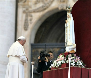 Papa Francesco: a Fatima nel 2017