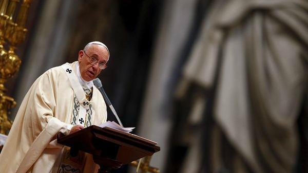Divina Misericordia, Papa Francesco: solo Dio può colmare le voragini del male