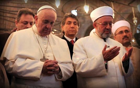 Religioni nel mondo: cristiani e musulmani quasi pari nel 2050