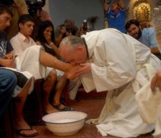 Papa Francesco a Rebibbia: in carcere torna la speranza