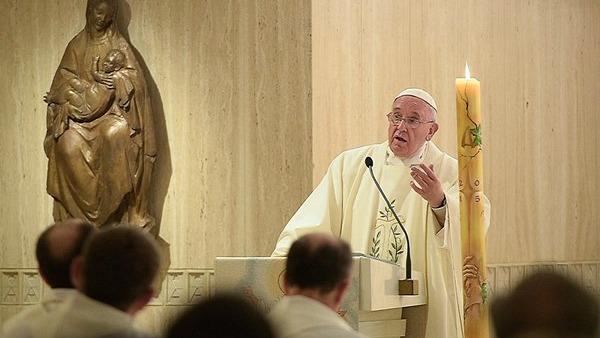 Papa Francesco: chi non sa dialogare vuol far tacere