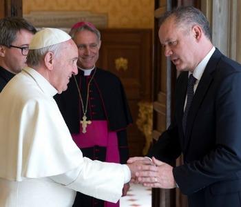 Papa Francesco al presidente slovacco: tutela persona e Medio Oriente in primo piano