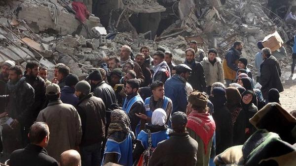 Siria, raid fanno 104 morti. Is distrugge chiesa a Tel Nasri