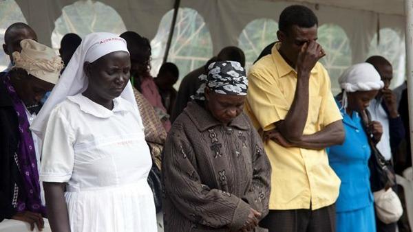 Kenya, Nairobi bombarda campi Al Shabaab in Somalia