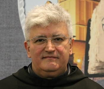 Fr. Tasca: scandalo non è il troppo cibo ma ignorare i poveri