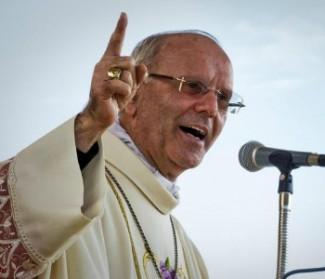 La strage di migranti cristiani. Mons. Galantino: strumentalizzare la fede è imbarbarimento