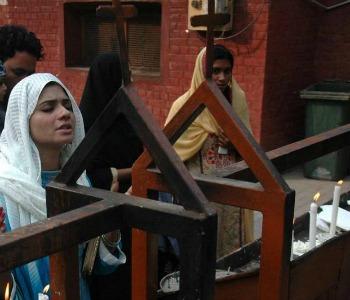 Pakistan, giornalisti cristiani nel mirino