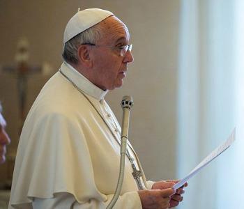 Papa Francesco: in nome tolleranza, impedita libertà espressione. Testo integrale
