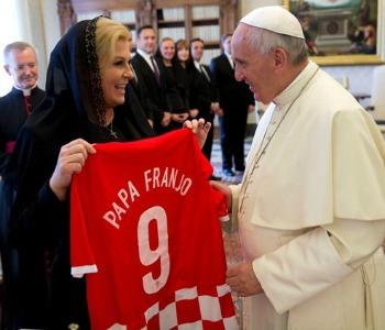 Giovani e crisi economica nel colloquio tra il Papa e presidente croato