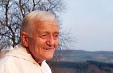 12 anni fa l'assassinio di Frère Roger, fondatore della Comunità di Taizè