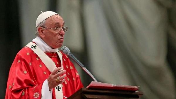 Papa Francesco a Pentecoste: pace e riconciliazione doni dello Spirito