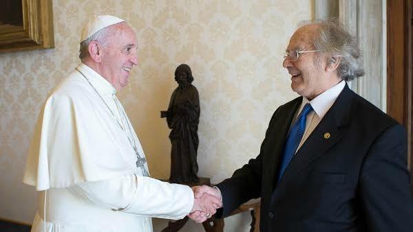 Il Nobel Esquivel: Il Papa a Cuba vuole disarmare le coscienze