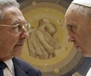 Raul Castro e Papa Francesco: dimenticare 60 anni in 50 minuti