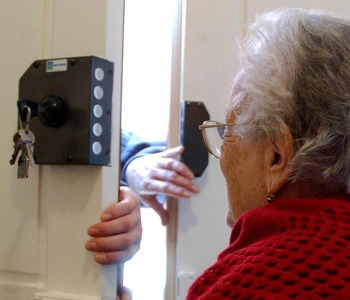 Truffe agli anziani. Il vademecum per non farsi raggirare
