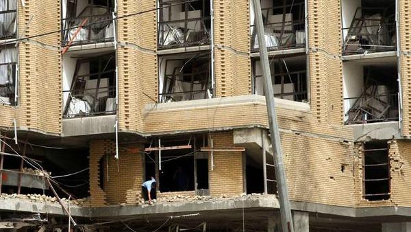 Terrore a Bagdad, due autobomba agli Hotel Sheraton e Babylon, 15 morti
