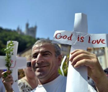 Siria: croci distrutte e chiese vandalizzate dopo il ritiro dell'Is