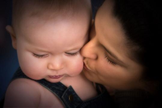mamma-figlio-bambino-neonato