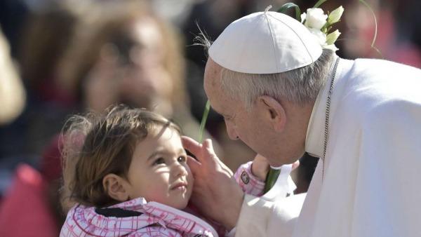 Papa Francesco: Il mistero del matrimonio è grande