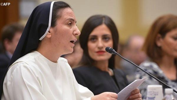 Parlamento Usa: suora irakena sul genocidio dei cristiani
