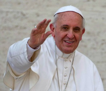 Papa Francesco: a Sarajevo come messaggero di pace e dialogo