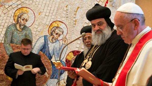 Papa Francesco a Patriarca siro-ortodosso Antiochia: affrettiamo l'unità