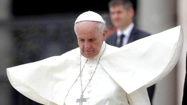 Papa Francesco: il diavolo esiste e dobbiamo lottare contro di lui