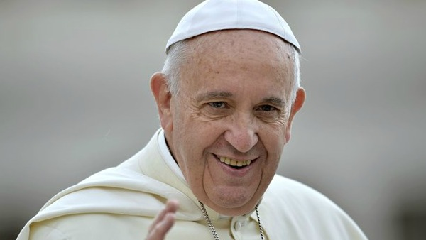 Papa Francesco: Chiesa costruisce ponti, ma non si lascia colonizzare da pensieri forti