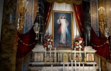Recitiamo insieme la coroncina alla Misericordia: l'amore di Dio può tutto
