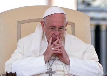 Papa Francesco: chiediamo perdono per chi chiude le porte ai migranti