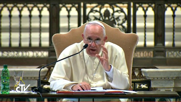 Ritiro Mondiale del clero, Papa Francesco: Dove non si discute la Chiesa è morta