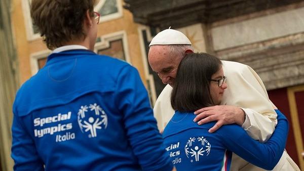 Papa Francesco agli atleti di Special Olympics: sport ritrovi gratuità