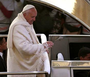 Papa Francesco ricorda padre Espinal, ucciso perché predicava Vangelo di libertà