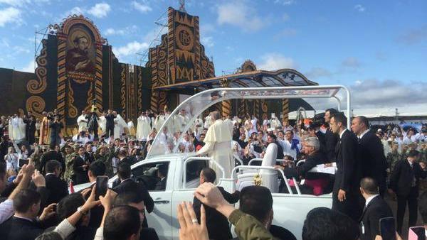 Papa Francesco: La Chiesa, come la voleva Gesù, è la casa dell'ospitalità e dell'accoglienza.