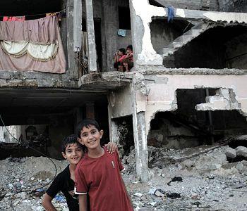 Un anno fa la guerra a Gaza: Caritas, pericolo nuovo conflitto