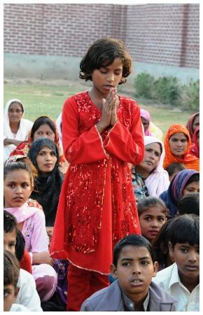 Cristiani in Pakistan: buoni cittadini perseguitati dal radicalismo islamico